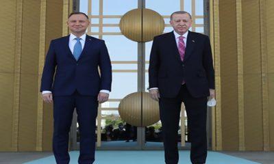 Polonya Cumhurbaşkanı Duda Cumhurbaşkanlığı Külliyesinde