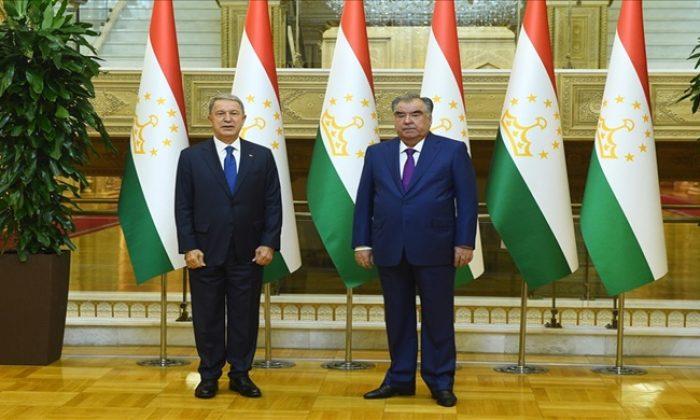 Millî Savunma Bakanı Hulusi Akar, Tacikistan Cumhurbaşkanı Sn. İmamali Rahman ile Görüştü