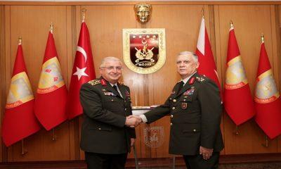 Kara Kuvvetleri Komutanlığında Devir-Teslim: Emekliye Ayrılan Org. Dündar Görevi, Org. Avsever'e Devretti