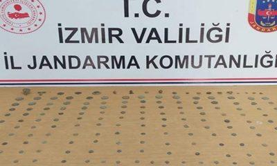 İzmir'de Bir Otomobilden 173 Parça Tarihi Eser Çıktı