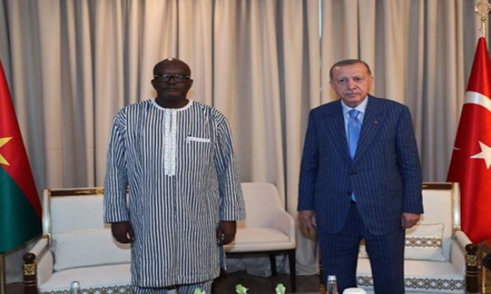 Cumhurbaşkanı Erdoğan, Burkina Faso Cumhurbaşkanı Kabore ile görüştü